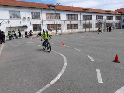 Безопасност на движението по пътищата - Изображение 1